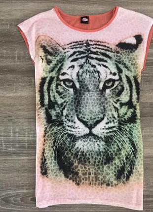 Класна футболка з тигром від love 2 loung