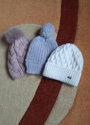 Теплая шапка на флисе красивого цвета