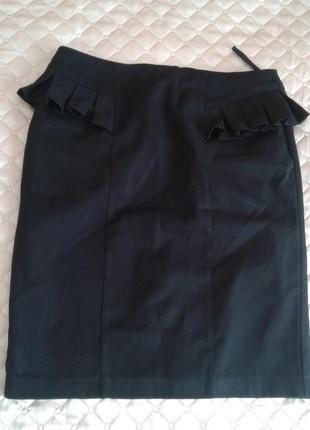 Чорна спідниця з підкладкою