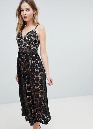 Черное кружевное миди платье