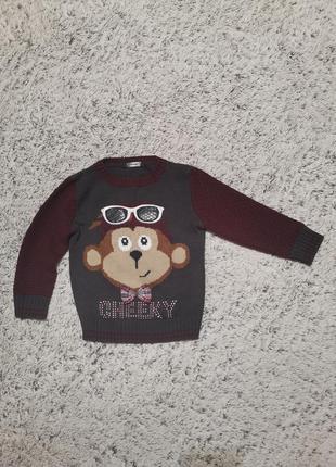 Интересный свитерок, свитер на 2-3 года, с обезьянкой