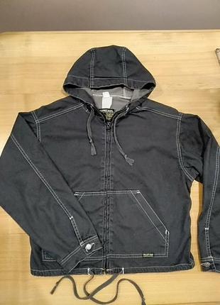 Тоненька курточка