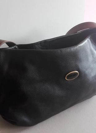 Большущая удобная кожаная сумка il punto rosso