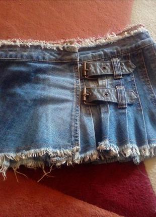 Джинсовая короткая юбка в складку