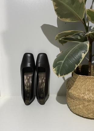 Винтажные кожаные туфли 38(25)