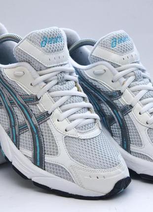 Отличные кроссовки asics gel blackhawk, оригинальные 40 р. кроссовки для бега, спортзала