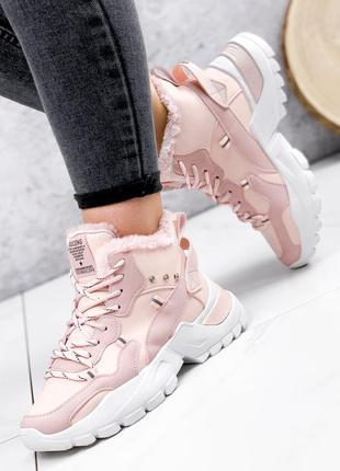 Ботинки спортивные кроссовки зима