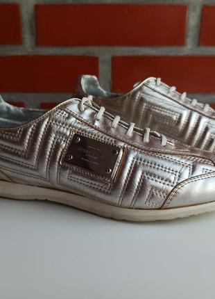 Gianni versace оригинал женские кожаные кеды кроссовки размер 38