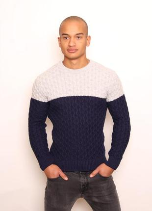 Зимний тёплый мужской свитер