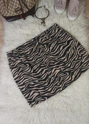 Джинсова юбка з актуальним принтом розмір 20