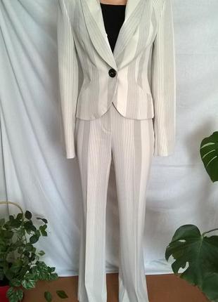 Костюм белый нарядный брюки высокая посадка пиджак приталенный space