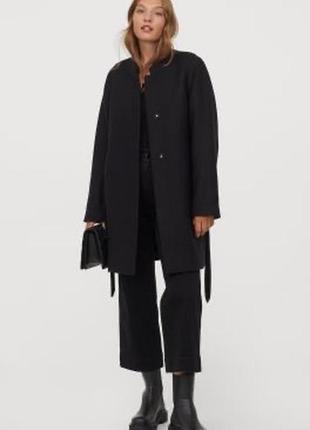 Классическое пальто большого размера