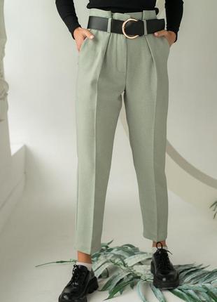 Классические брюки с высокой посадкой и стрелками