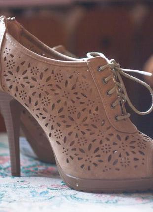 """Обалденные """"кружевные"""" туфли с открытым носочком"""