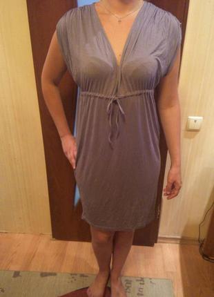 Продам стильное платье benetton,вискоза