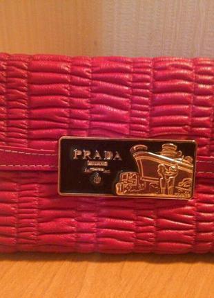 Продам кошелек prada, новый