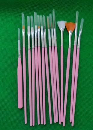 Кисточки для маникюра 15 штук розовые