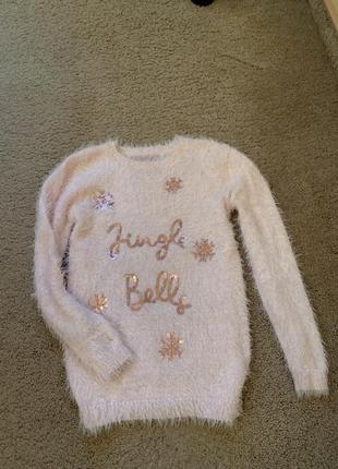Мягенький свитерок