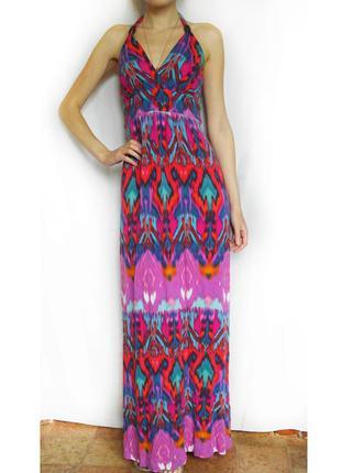 Стильное яркое летнее платье макси с орнаментом