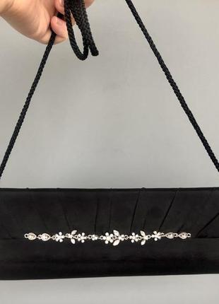Атласный клатч {сумочка} с аккуратными камнями