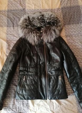 Курточка теплая кожаная