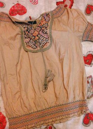 Приятная рубашка в этно стиле