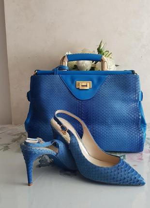 Туфли босоножки  с сумкой.