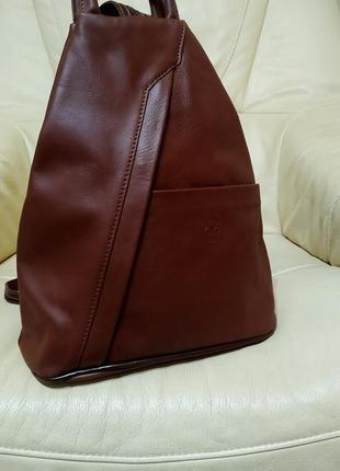 Фирменный рюкзак vera pelle. италия. кожа.новый