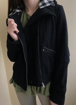 Куртка драповая (р.38)