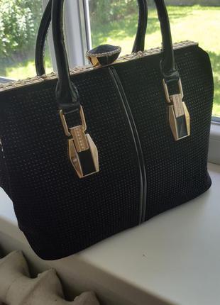 Очень стильная дорогая натуральная сумка. мега распродажа вещей!