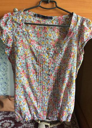 Блуза квітчастого принту