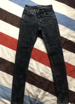 Чёрные джинсы размера s