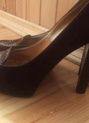 Акция  1+1=3!!! итальянские натуральные туфли casadei