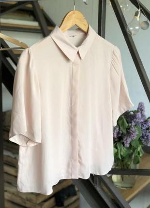Крутая рубашка цвета пудры