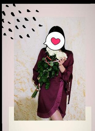 Фіолетове атласне плаття назапах италия