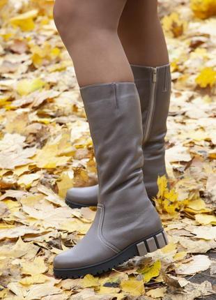 Зимние кожаные теплые сапоги