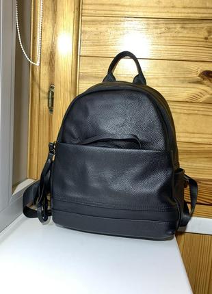 Женский кожаный рюкзак черный / из натуральной кожи / женские рюкзки