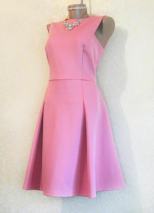Шикарное розовое праздничное платье