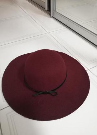 Шляпа бордовая с мягкими полями