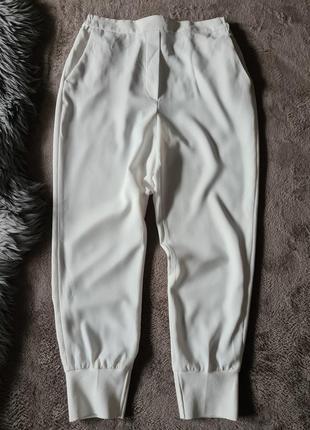 Женские белые брюки штаны  джогеры   высокая посадка на манжете резинке zara