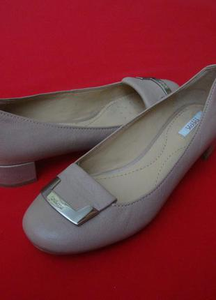 Туфли geox натур кожа 35-36 размер