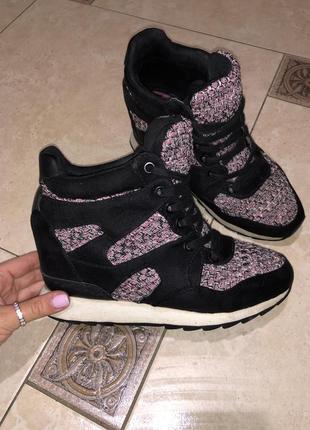 Женские кроссовки,сникерсы,ботинки бершка bershka