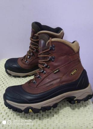 Трекинговыэ кожаные ботинки ,meindl gore-tex thinsulate insulation