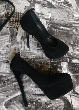 Модельные туфли черные замшевые
