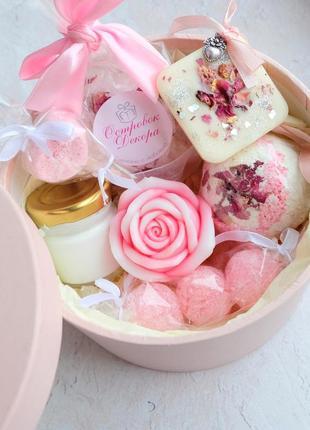 Подарунковий набір бокс «ніжна троянда», подарунок подрузі, дівчині, сестрі,