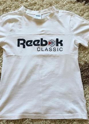Оригінальна футболка reebok