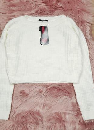 Белый укороченный свитер без узора