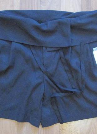 Легкие стильные шорты uniqlo размер 6