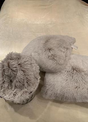 Плед и 2 подушки jysk