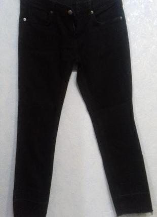 Укороченые джинсы zara